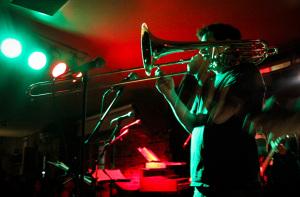 trombone+lights
